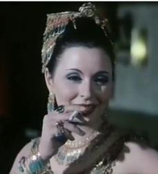 Soad Hosni in Khali Balak min Zouzou (1972)